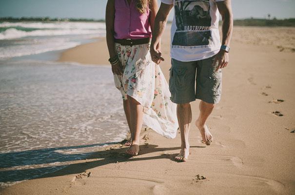 10Photographer-wedding-scott-surplice-beach-Woonoona-south-coast-wedding-pink-blue9