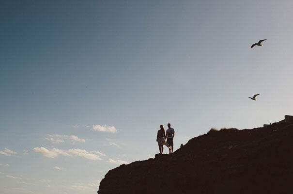 11Photographer-wedding-scott-surplice-beach-Woonoona-south-coast-wedding-pink-blue10