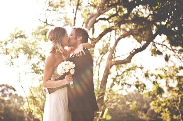 Anna-+-Kim_byron-bay-wedding_natural_white18