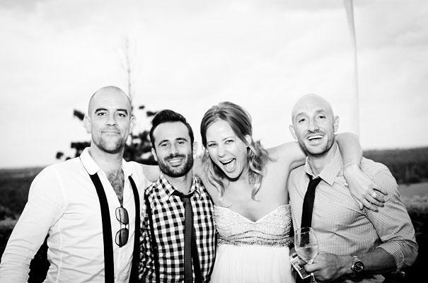Anna-+-Kim_byron-bay-wedding_natural_white24