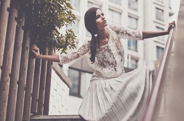 Laure-de-Sagazan_lace_vintage_bohemian_wedding-dres_gown_bride_hellomay1