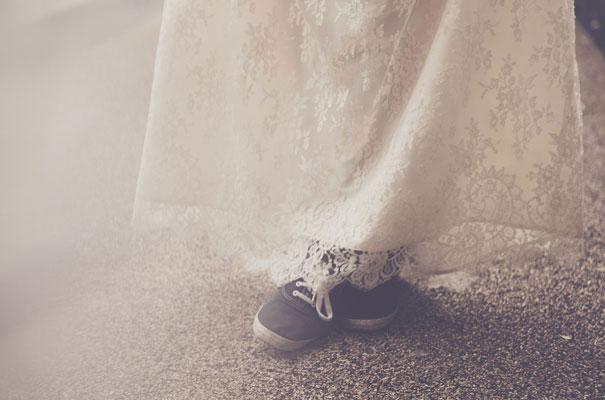 Laure-de-Sagazan_lace_vintage_bohemian_wedding-dres_gown_bride_hellomay3