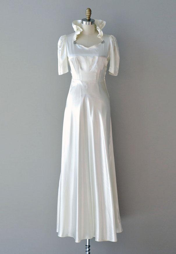 vintage-wedding-dress-gown-australia-white-lace-silk8