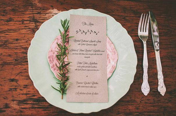 Perth-wedding-awesome-cool-West-Australian-vintage-backyard-reception-inspiration-rustic-bride9
