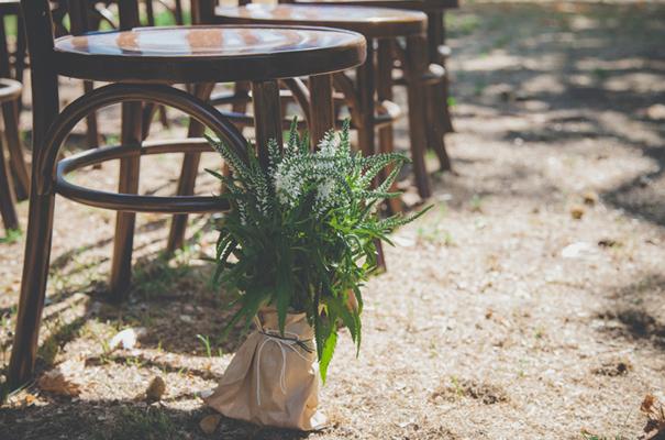 DIY-country-rustic-backyard-weding-inspiration-short-lace-dress-blue-green-yellow30