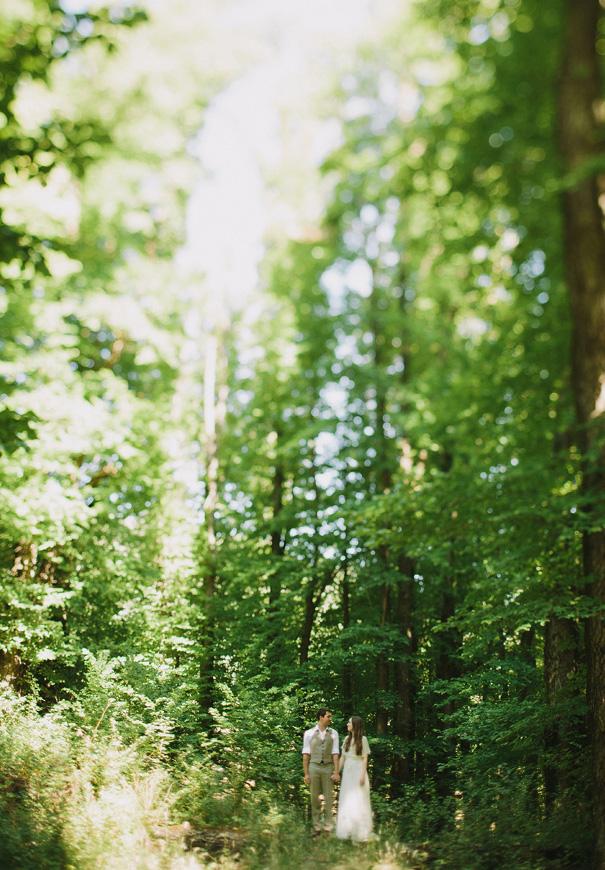 MAIN-bush-wedding-sydney-white-DIY-creek-river-country