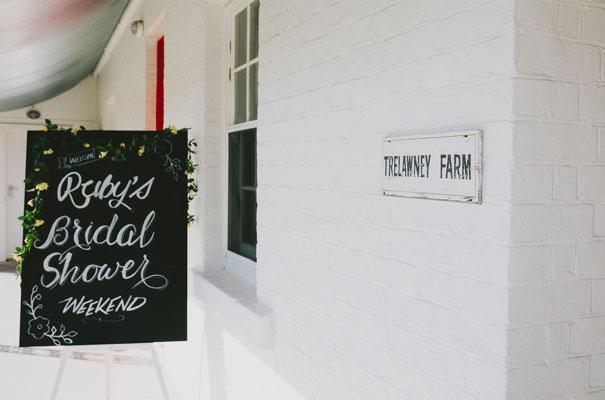 chalkboard-art-balloons-blackboard-wedding-ideas-inspiration-bridal-shower