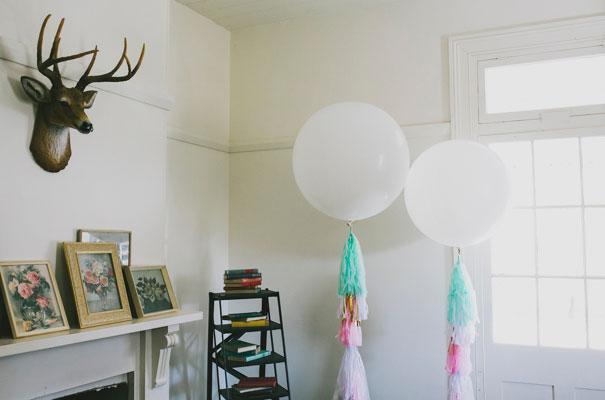 chalkboard-art-balloons-blackboard-wedding-ideas-inspiration-bridal-shower2