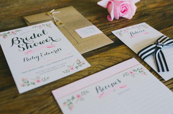 chalkboard-art-balloons-blackboard-wedding-ideas-inspiration-bridal-shower7