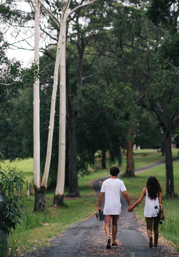 skateboarding-girl-engagement-couple-bush-photography-inspiration4