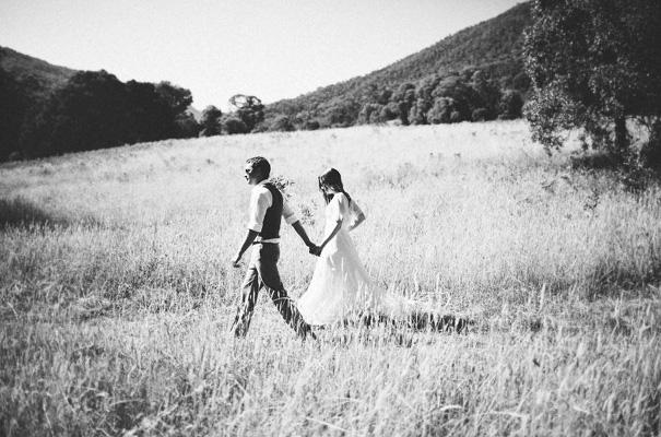 tim-coulson=photographer-bush-wedding-sydney-amazing-creek-river-country13