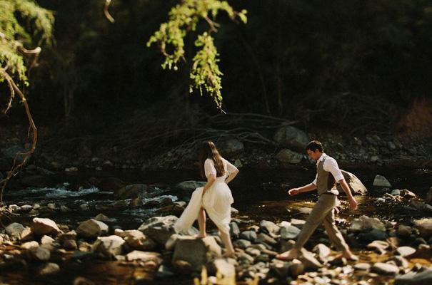 tim-coulson=photographer-bush-wedding-sydney-amazing-creek-river-country15
