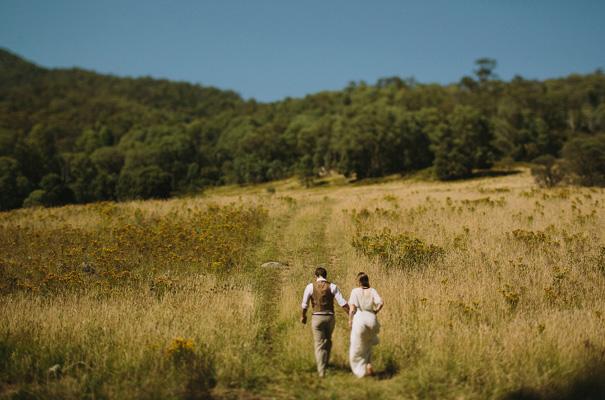tim-coulson=photographer-bush-wedding-sydney-amazing-creek-river-country22