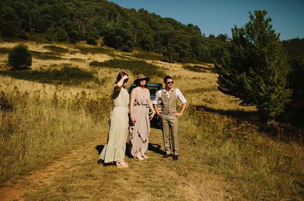 tim-coulson=photographer-bush-wedding-sydney-amazing-creek-river-country8