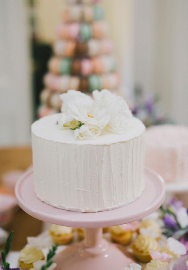 wedding-cake-art-balloons-blackboard-wedding-ideas-inspiration-bridal-shower7