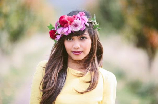 yellow-white-wedding-dress-hippie-boho-flowers-hair-bride-inspiration2