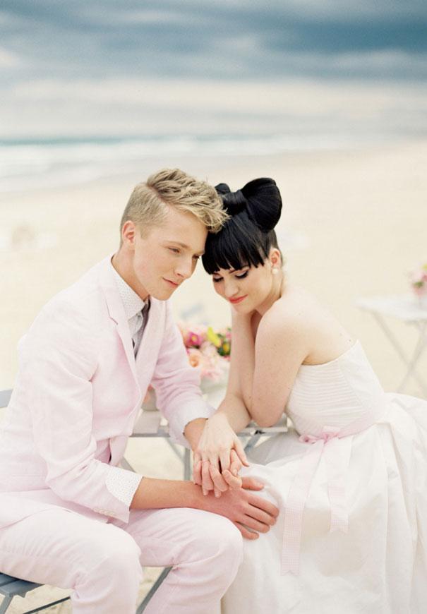 byron-bay-bridal-showcase-woodys-vintage-car-hire-wedding-transport-kombi10