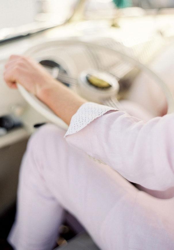 byron-bay-bridal-showcase-woodys-vintage-car-hire-wedding-transport-kombi2