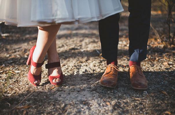 loz-shock-tee-pee-country-wedding-DIY-rock-n-roll-bride43