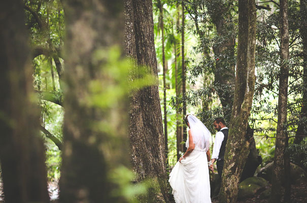 rock-n-roll-bride-hippy-boho-wedding-forest-creek-flower-inspiration59