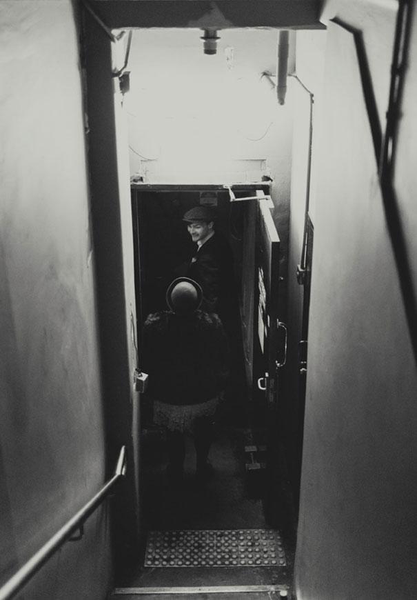VIC-eric-ronald-best-wedding-photographer-melbourne-urban-city-lace-vintage-retro-1920s-inspiration11