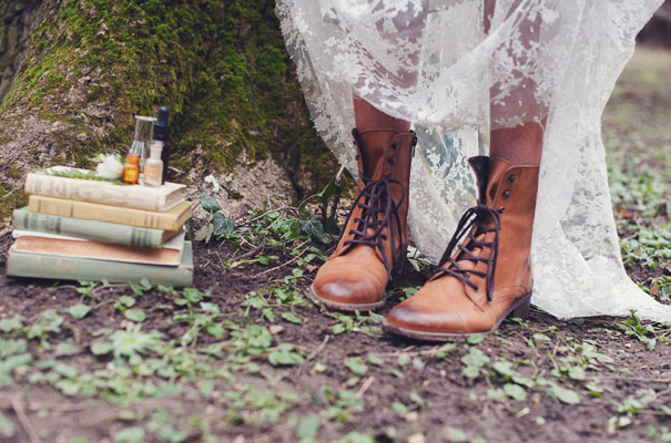 boho-bride-succulents-wedding-greenery-cakes-styling-inspiration-marion15