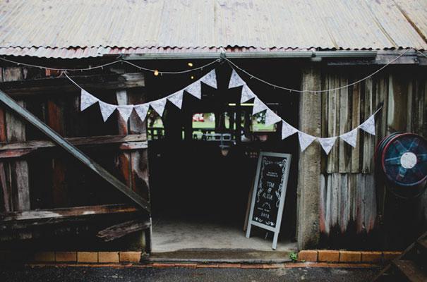 boomerang-farm-country-wedding-queensland-kombi-DIY-barn-Luke-Going17