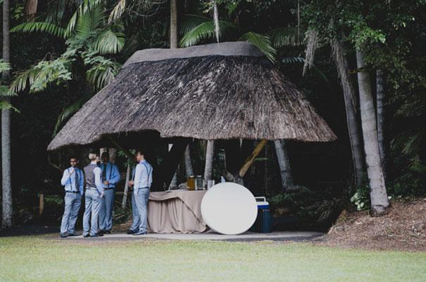 boomerang-farm-country-wedding-queensland-kombi-DIY-barn-Luke-Going21