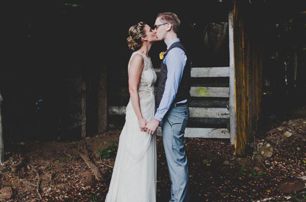 boomerang-farm-country-wedding-queensland-kombi-DIY-barn-Luke-Going43