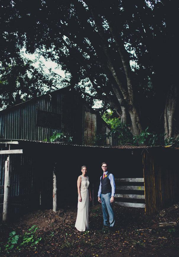 boomerang-farm-country-wedding-queensland-kombi-DIY-barn12