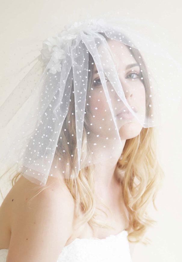 bride-la-boheme-veil-accessories-wedding-polkadots-gold