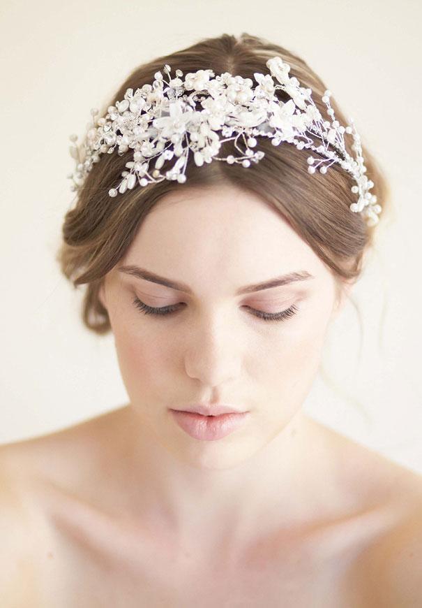 bride-la-boheme-veil-accessories-wedding-polkadots-gold4