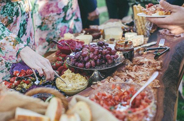 montrose-berry=farm-vintage-garden-wedding-mitch-pohl46