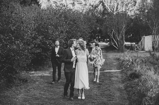 montrose-berry=farm-vintage-garden-wedding-mitch-pohl47