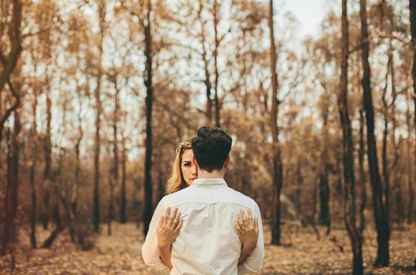 mitch-pohl-wedding-photographer-australia-outback-bush-engagement-bridal-hair-braid25