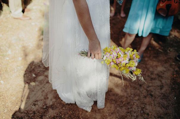 samm-blake-rock-n-roll-bride-green-bright-country-wedding-DIY11
