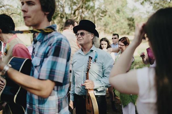 samm-blake-rock-n-roll-bride-green-bright-country-wedding-DIY12