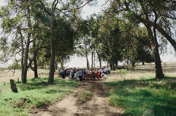 samm-blake-rock-n-roll-bride-green-bright-country-wedding-DIY13
