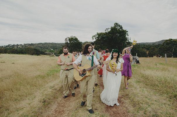 samm-blake-rock-n-roll-bride-green-bright-country-wedding-DIY21