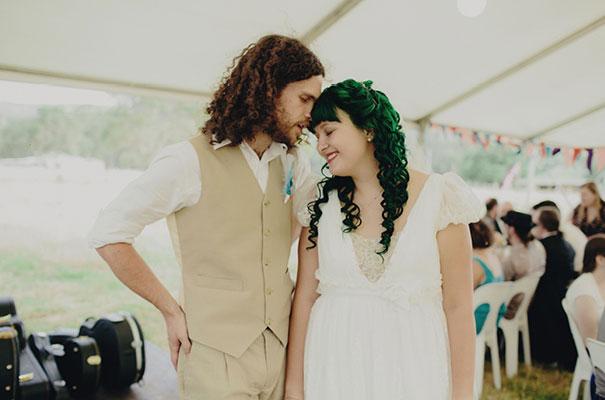 samm-blake-rock-n-roll-bride-green-bright-country-wedding-DIY30