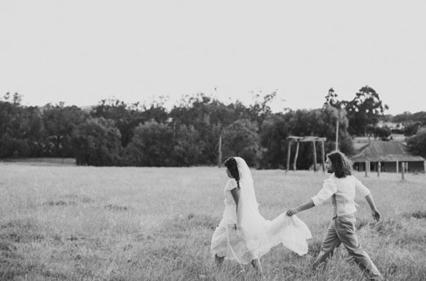 samm-blake-rock-n-roll-bride-green-bright-country-wedding-DIY31