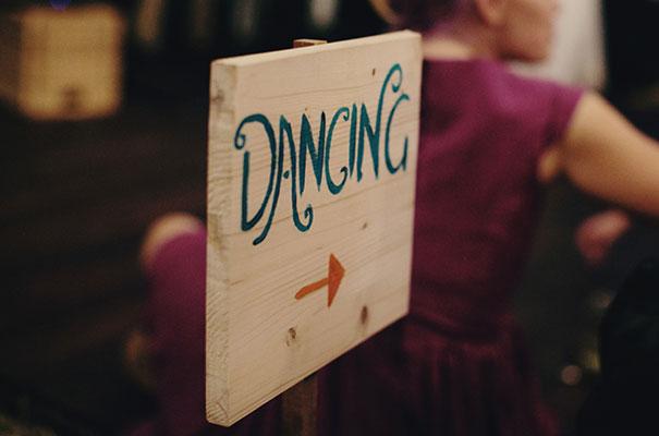 samm-blake-rock-n-roll-bride-green-bright-country-wedding-DIY52