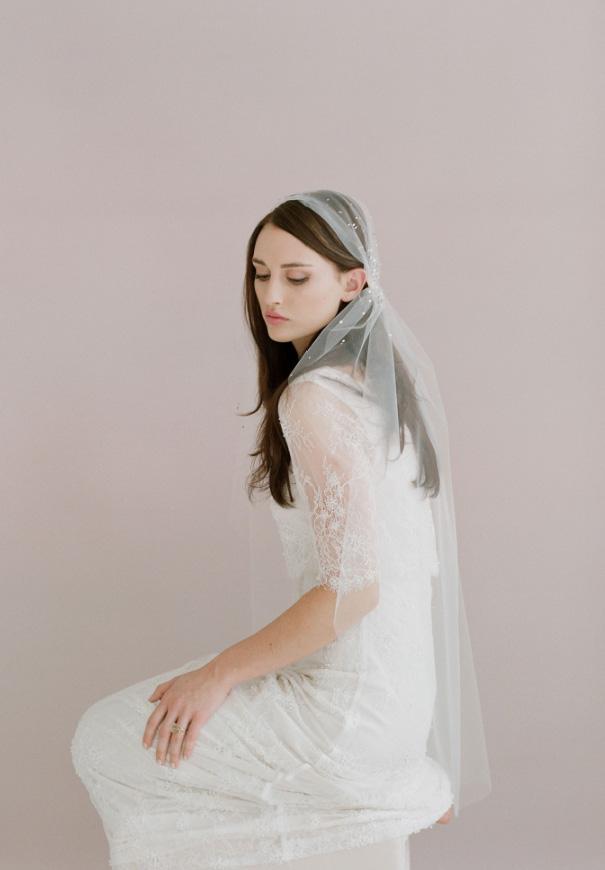 twigs-honey-elizabeth-messina-hello-may-magazine-wedding-bridal-accessories10