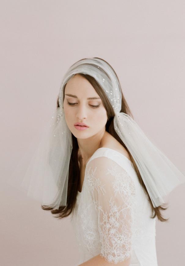 twigs-honey-elizabeth-messina-hello-may-magazine-wedding-bridal-accessories11