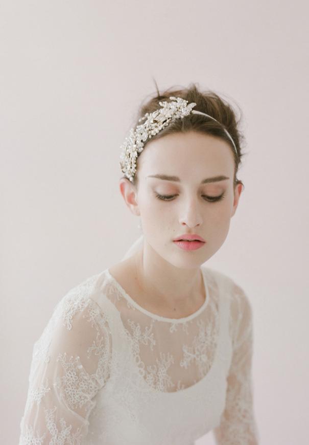 twigs-honey-elizabeth-messina-hello-may-magazine-wedding-bridal-accessories3