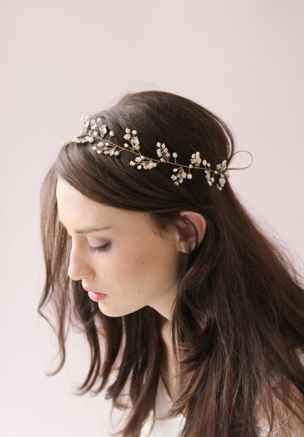 twigs-honey-elizabeth-messina-hello-may-magazine-wedding-bridal-accessories4