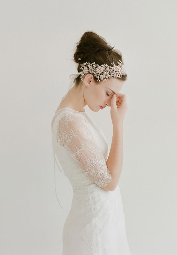 twigs-honey-elizabeth-messina-hello-may-magazine-wedding-bridal-accessories6
