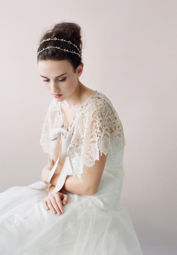 twigs-honey-elizabeth-messina-hello-may-magazine-wedding-bridal-accessories8