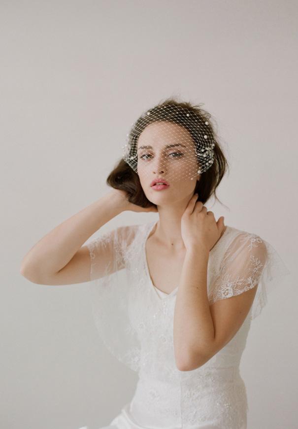 twigs-honey-elizabeth-messina-hello-may-magazine-wedding-bridal-accessories9