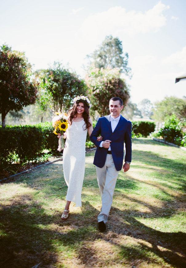 best-wedding-ever-the-wanderers-daisies-boho-bride-country-hippie-wedding-farm-inspiration4